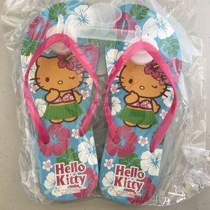 NEW Hello Kitty Slippers